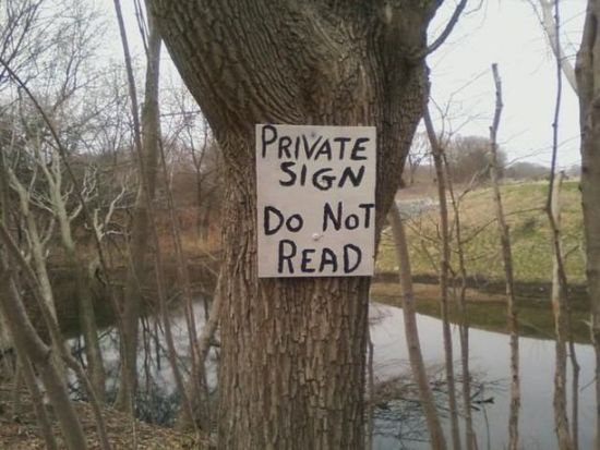 Hilarious Signs لافتات مضحكة